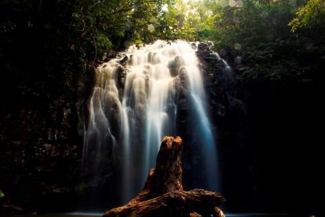 Wasserfälle gibt es reichlich & sind am besten an regnerischen Tagen