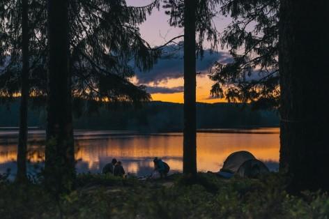 Camping bei Sonnenuntergang - Eines der schönsten Momente eurer Reise