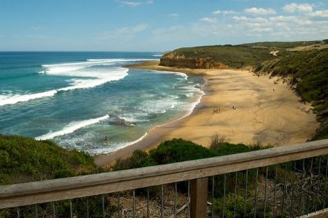 Bells Beach ist ein fabelhafter Strand zum Surfen