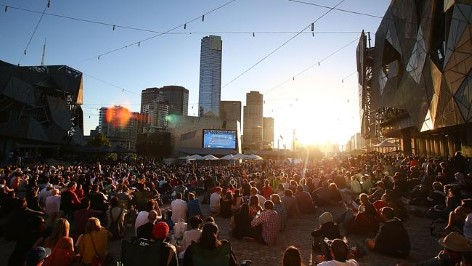 Public Viewing am Federation Square in Melbourne