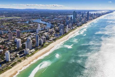 Surfers Paradise liegt auf dem Weg von Cairns nach Sydney