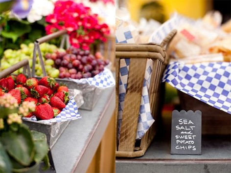 Erdbeerpflückenin Bruthen